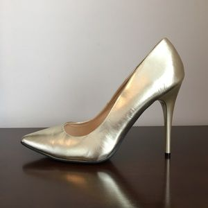 Gold Pumps, Size 11